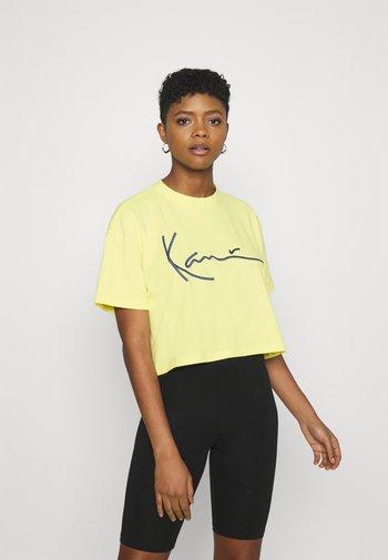 SIGNATURE TEE - T-shirt imprimé - lime