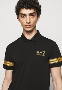 EA7 Emporio Armani - Poloshirt - black gold - 3