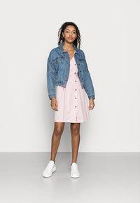 Vero Moda Petite - VMASTIMILO SHIRT DRESS - Day dress - roseate spoonbill - 1