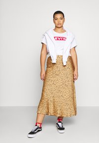 Levi's® Plus - PERFECT TEE - Print T-shirt - white - 1