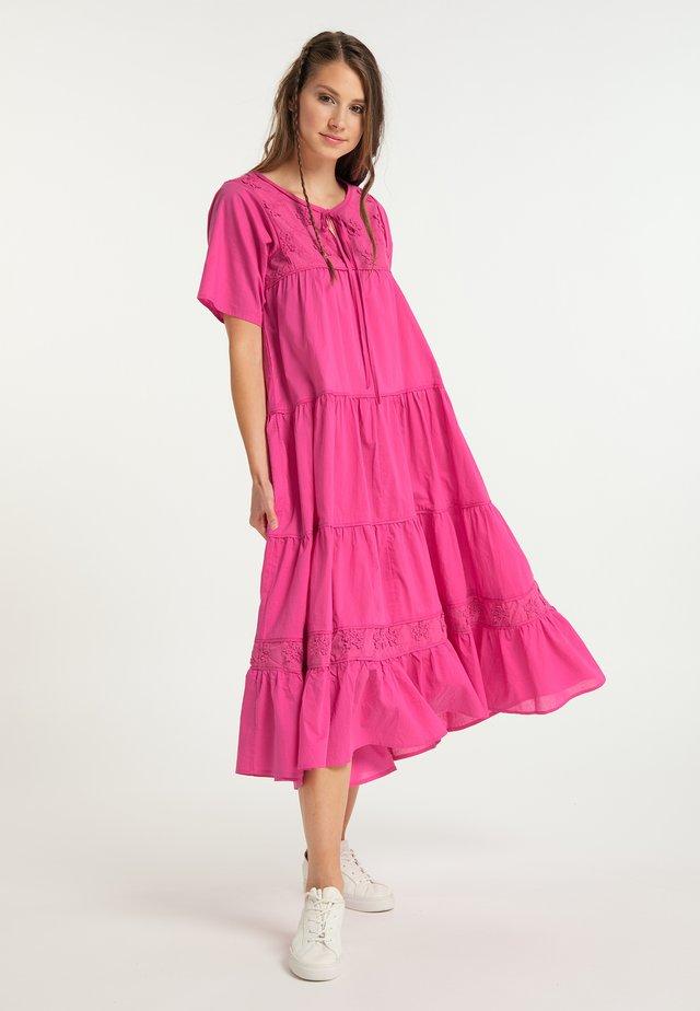 Maksimekko - pink