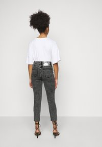 ONLY Petite - ONLWILD EMILY ANJEA - Jeans Skinny Fit - grey denim - 2