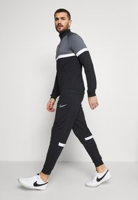 Nike Performance - SUIT - Tuta - black/white - 6