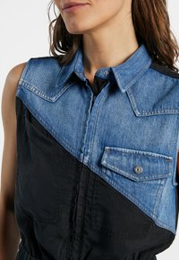Desigual - SIDNEY - Denim dress - black - 3