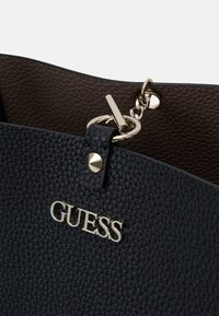 Guess - Tote bag - black/iron - 5