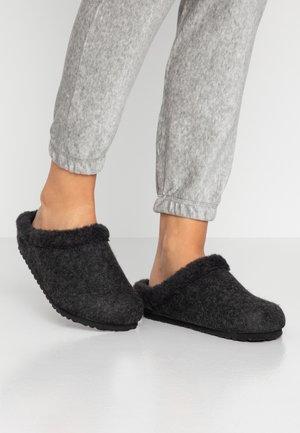 KAPRUN - Slippers - anthracite/black