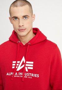 Alpha Industries - Luvtröja - speed red - 5