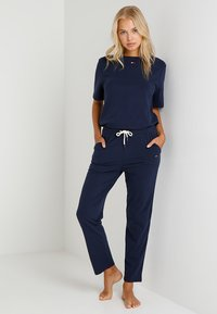 Tommy Hilfiger - TEE HALF - Pyjama top - blue - 1
