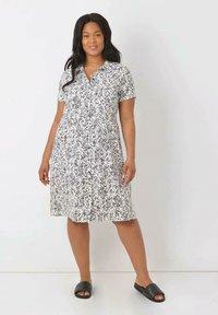Live Unlimited London - Shirt dress - white - 0