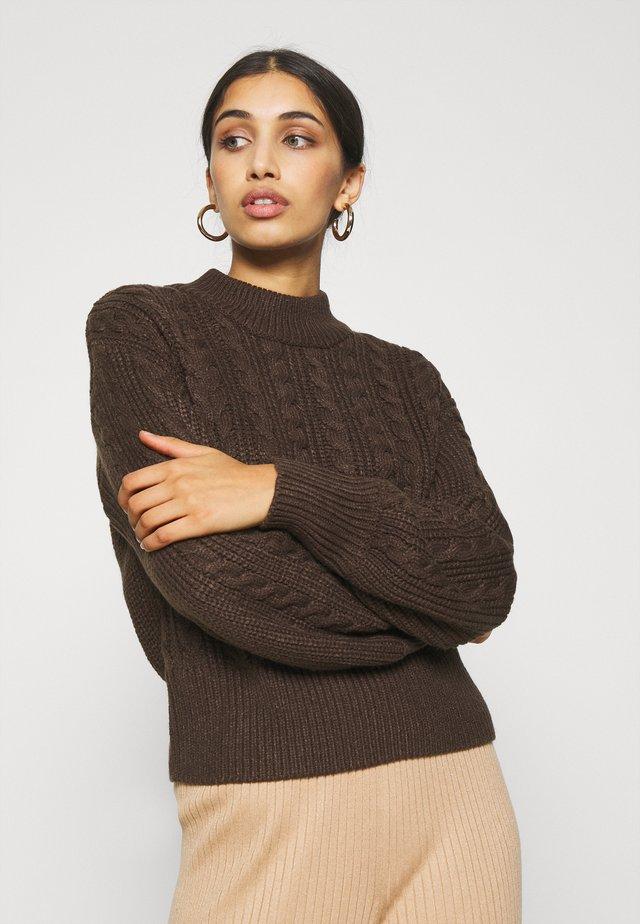 TITTI - Stickad tröja - brown dark