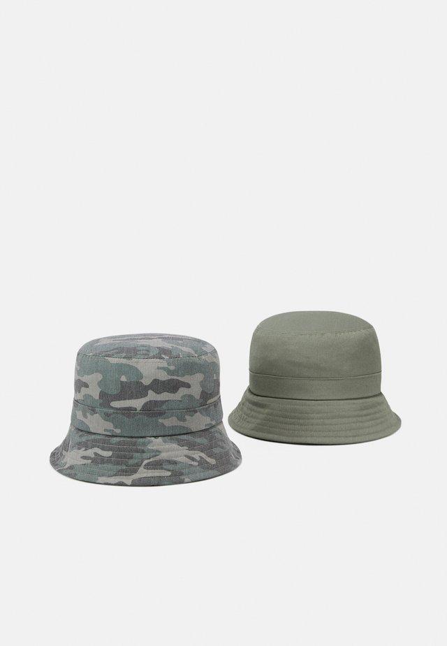NKMBOJAN HAT 2 PACK UNISEX - Klobouk - deep lichen green