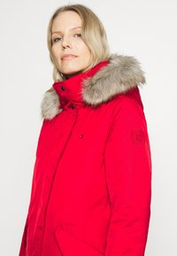 Tommy Hilfiger - SORONA PADDED - Winter coat - primary red - 3
