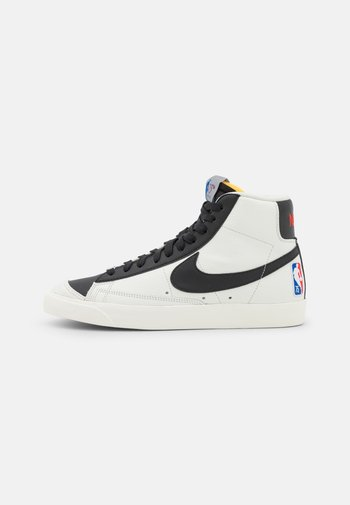 BLAZER MID '77 EMB - Sneakers alte - sail/black/chile red