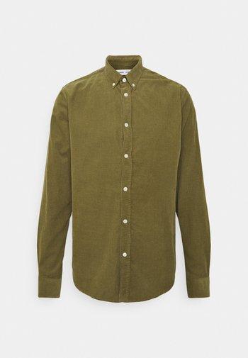 LIAM SHIRT - Camicia - capulet olive