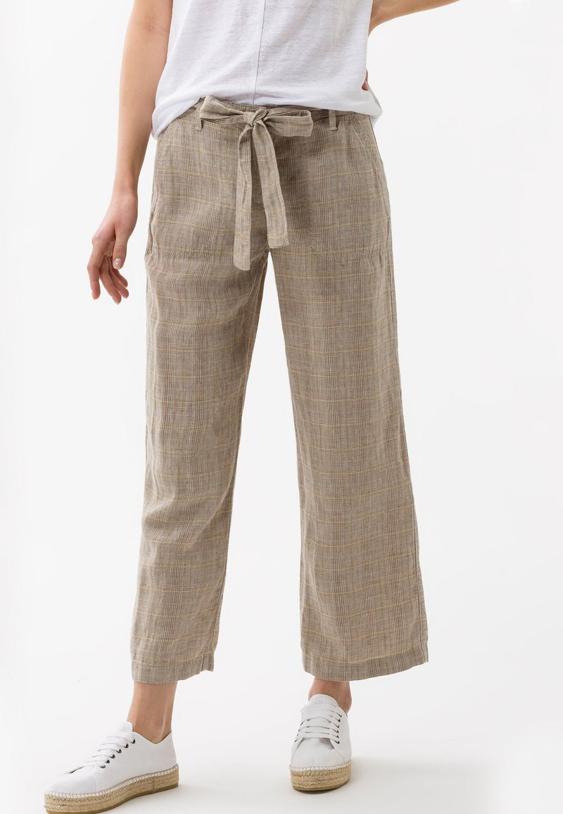 BRAX - STYLE MAINE - Trousers - sand