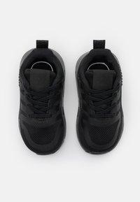 adidas Originals - MULTIX UNISEX - Baby shoes - core black - 3