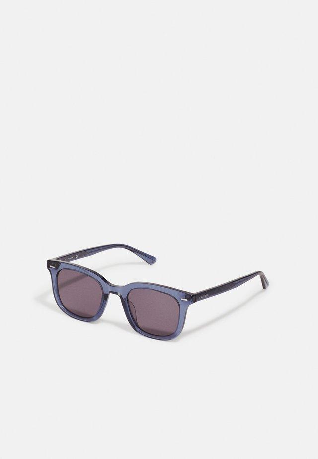 UNISEX - Sunglasses - crystal blue