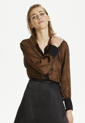DHNAOMI  - Button-down blouse - camel / black print