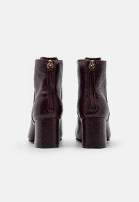 Miss Selfridge - BRICKS SQUARE TOE FLARED BLOCK HEEL BOOT - Classic ankle boots - burg lizard - 3