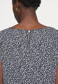 ONLY Tall - ONLVIC - Print T-shirt - black - 4