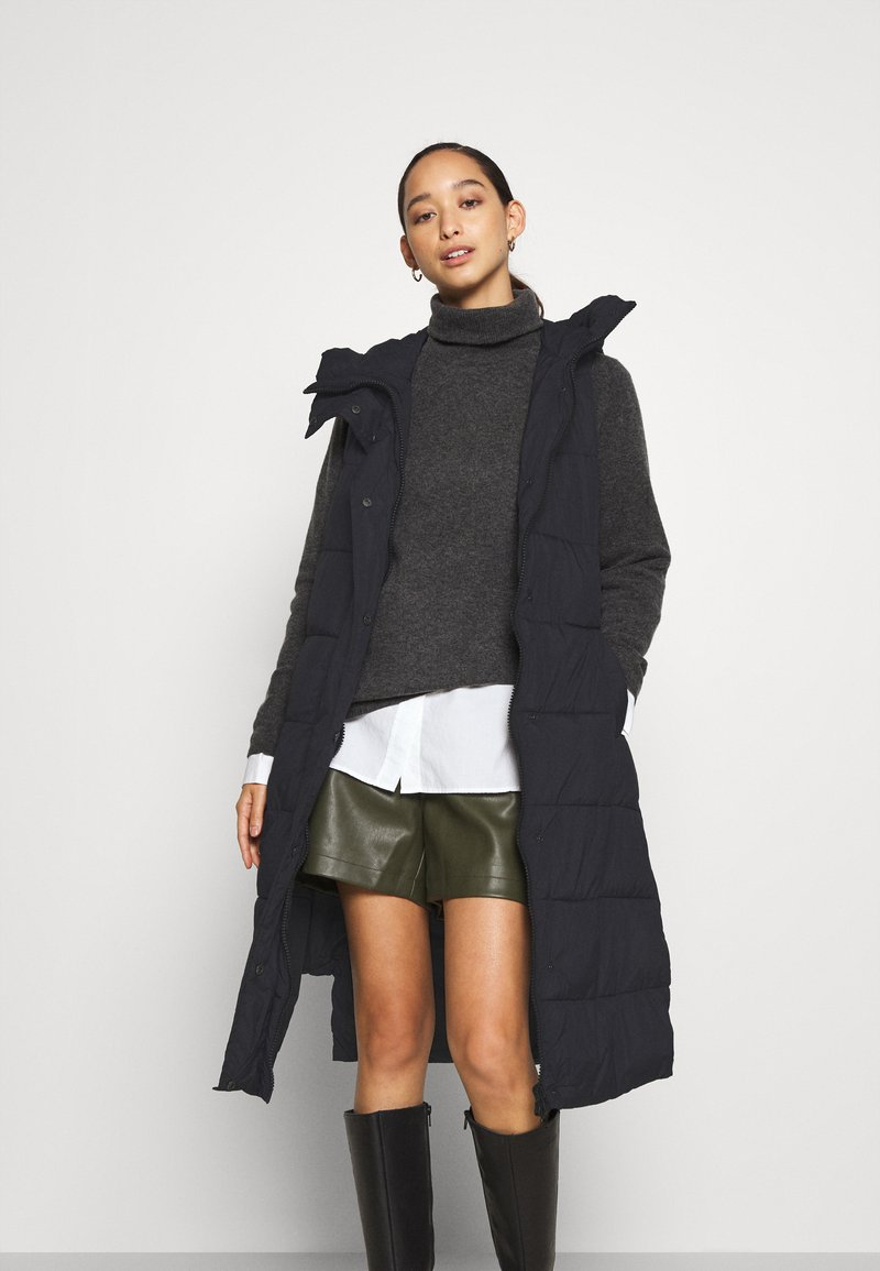 YAS - YASLIRA PADDED VEST - Waistcoat - black