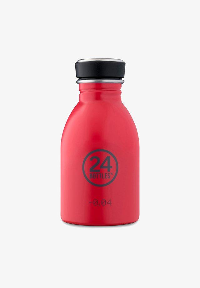 TRINKFLASCHE URBAN BOTTLE BASIC HOT RED - Övriga accessoarer - hot red