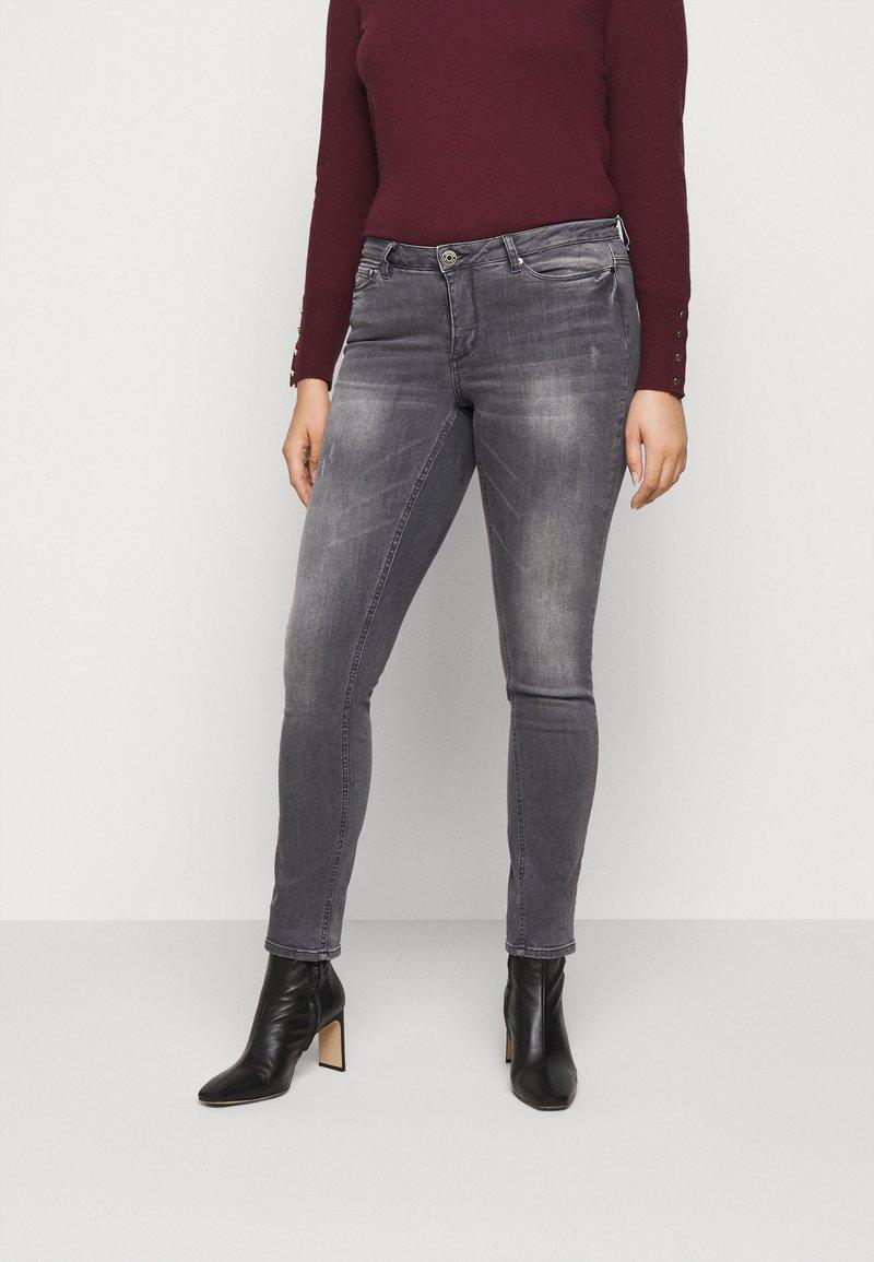JUNAROSE - by VERO MODA - JRFIVEALLICA - Slim fit jeans - medium grey denim