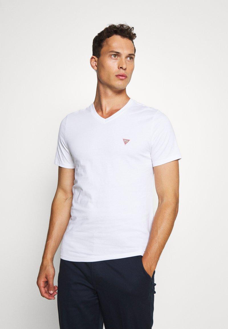 Guess - TEE - T-shirt basic - blanc pur