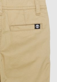 Timberland - TROUSERS - Trousers - stone - 2