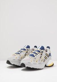 adidas Originals - EQT GAZELLE - Sneakers - grey two/legend ink/yellow - 2