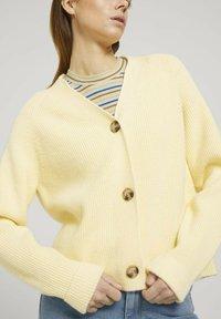 TOM TAILOR DENIM - Cardigan - soft yellow - 3