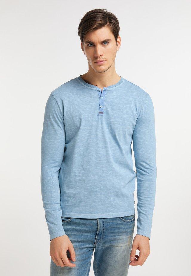 Bluzka z długim rękawem - parrot blue