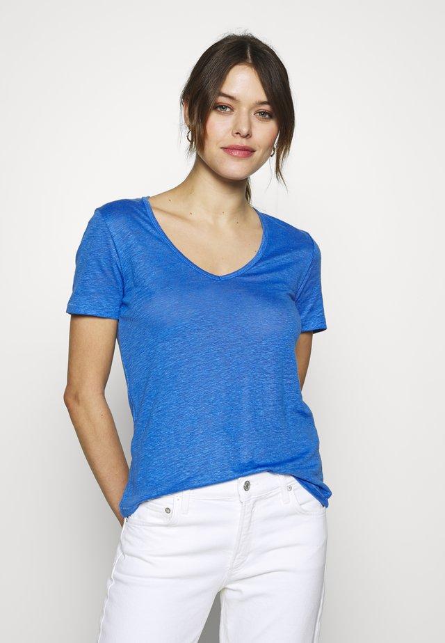 WOMEN - Jednoduché triko - bluebird
