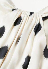 Mango - Day dress - cremeweiß - 7