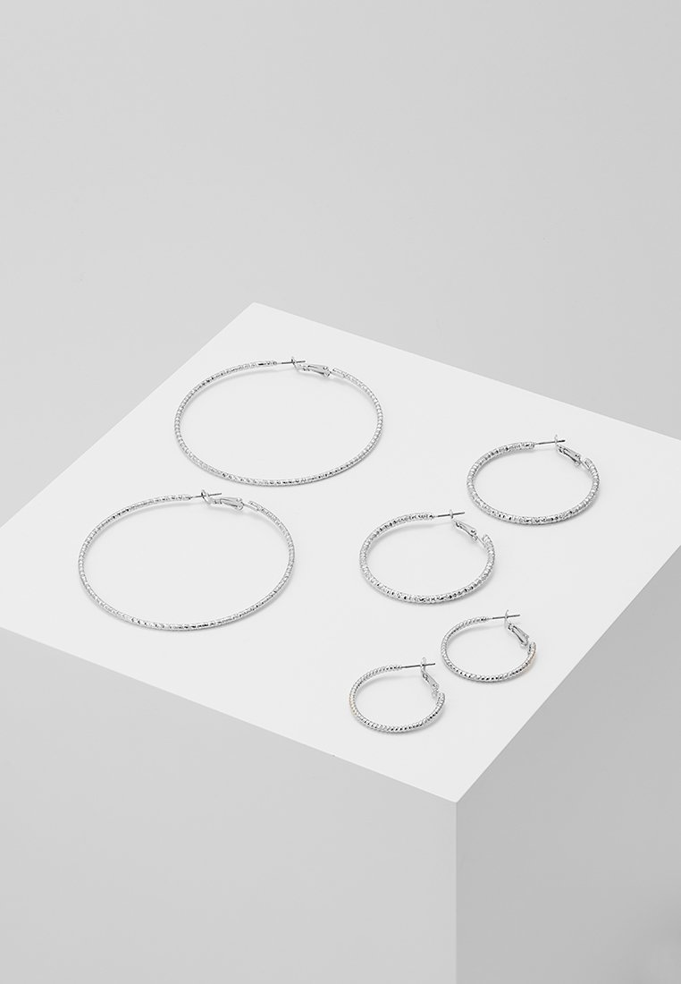 ONLY - ONLHELLE 3 PACK CREOL EARRINGS - Orecchini - silver-coloured
