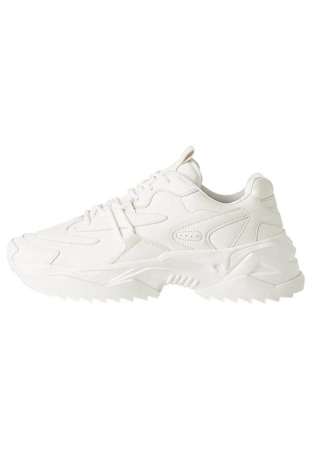 UGLY-DAD - Sneakersy niskie - white