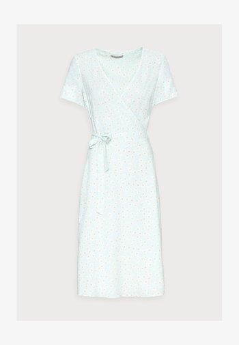 WRAP DRESS - Vestido informal - mint, white