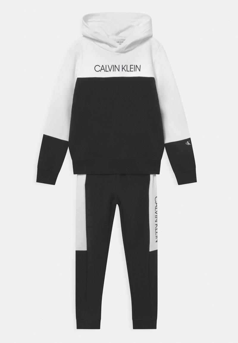 Calvin Klein Jeans - BLOCK HOODIE SET - Chándal - black