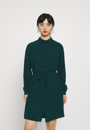 VMSAGA COLLAR SHIRT DRESS PETITE - Sukienka koszulowa - sea moss