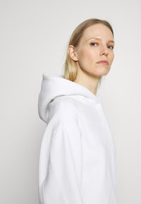 Opus - GART - Sweatshirt - milk - 3