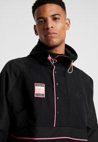 adidas Originals - HOODED JACKET - Windbreakers - black - 5