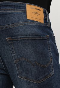 Jack & Jones - JJITIM JJORIGINAL  - Slim fit jeans - blue denim - 5
