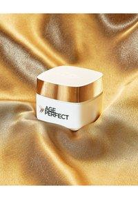 L'Oréal Paris - AGE PERFECT ANTI-AGING CREAM EYES - Soin des yeux - - - 4