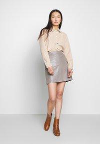 Oakwood - STREET - Leather skirt - mastic - 1