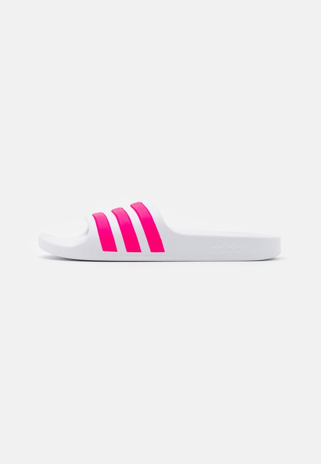 ADILETTE AQUA UNISEX - Pool slides - footwear white/real magenta