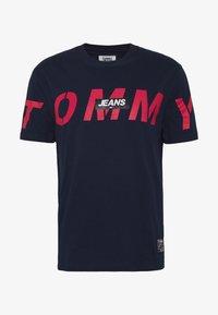 TJM BOLD TOMMY LOGO TEE - Print T-shirt - twilight navy
