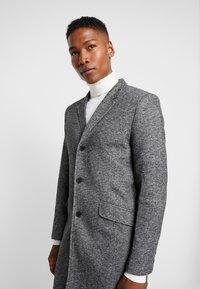 Only & Sons - ONSJULIAN KING - Short coat - dark grey melange - 3