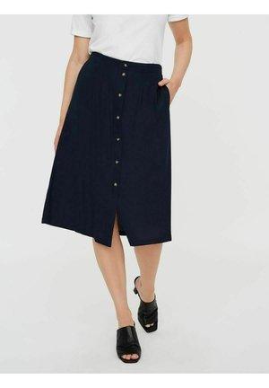 Pleated skirt - navy blazer