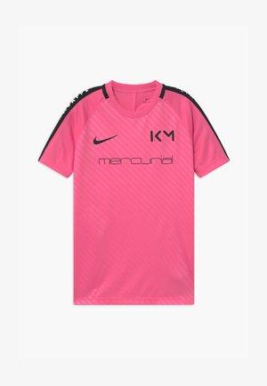 KYLIAN MBAPPE - Print T-shirt - pinksicle/black