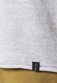 INDICODE JEANS - KRISTAN - Stickad tröja - optical white - 5